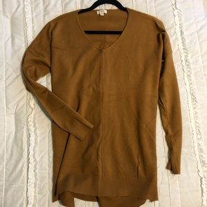 Debut Super Soft High-Low Sweater in Brown